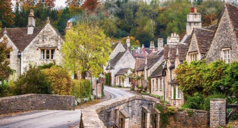 Firhall, Sebuah Desa Unik di Inggris