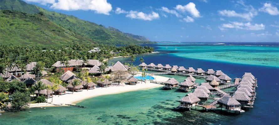 Objek Wisata Pantai Terindah di Lombok
